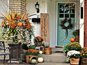 fall-porch-decorating-ideas-ways-to-decorate-your-porch-for-fall-800x500