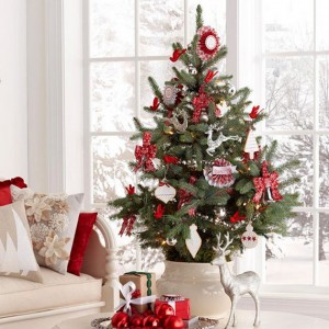 Tabletop-Christmas-Tree-05