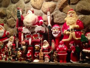 Santa-mantle2