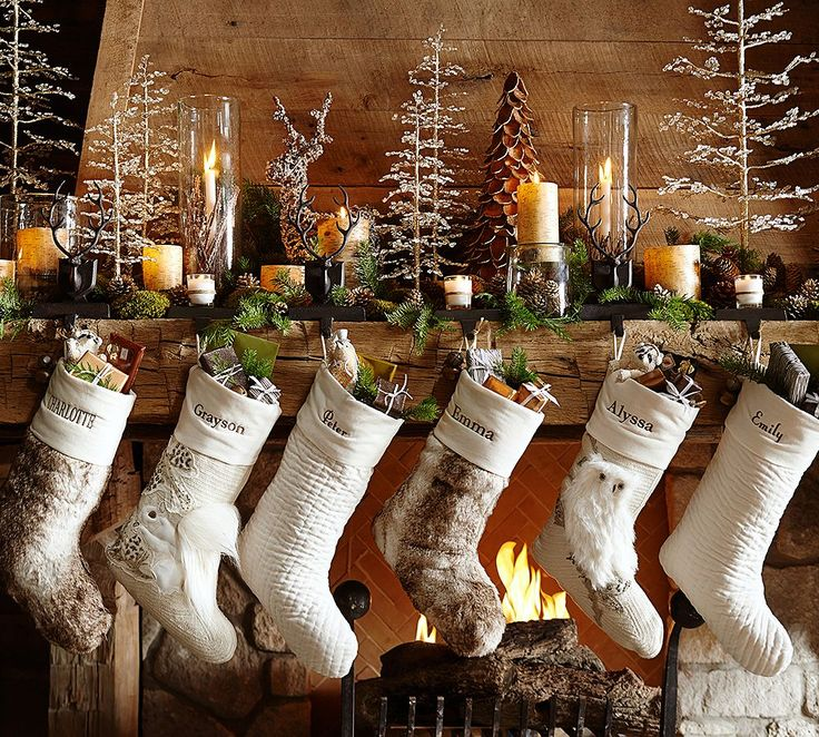 10 Ways To Decorate Your Mantle For The Holidays