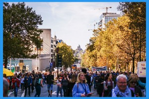 5.Go-to-a-fall-festival.